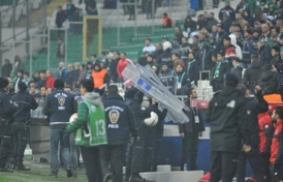 Bursaspor - Gençlerbirliği maçından sonra saha...