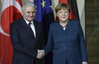 """Berlin'deki görüşme sonrası """"Yeni dönemdeyiz""""..."""
