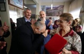 İlk öğrencileriyle 42 yıl sonra Bursa'da...