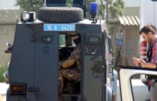 Bursa'da hipodroma 900 polisle baskın!