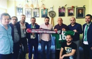 Bursaspor taraftarı Ramazan'da şehit ailelerini...