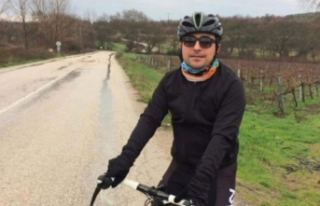 Bursa'da feci kaza! Banka müdürü bisiklet...