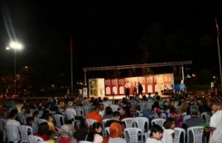 Bursalılardan Ayyar Hamza oyununa büyük ilgi