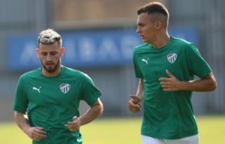 Bursaspor'un yeni transferi Atanasov'dan...