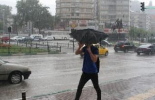 """""""Süper hücre fırtınası"""" Bursa'yı..."""