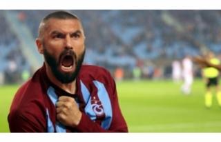 Trabzonspor'dan ayrılacak mı? Burak Yılmaz'dan...