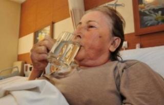 23 yıldır bekliyordu! İlk işi su içmek oldu!