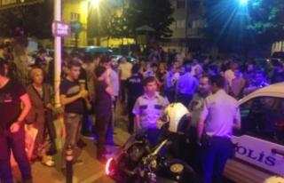 Bursa'da Suriyeliler palalarla kıraathane bastı!