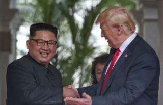 Kim Jong Un'dan Trump'a: Saygıdeğer ekselansları...