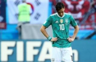 Mesut Özil'den tarihi karar!