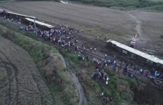 Tren kazasında acı bilanço! Ölü sayısı yükseldi!