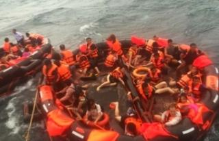 Turist teknesi alabora oldu! 7 ölü