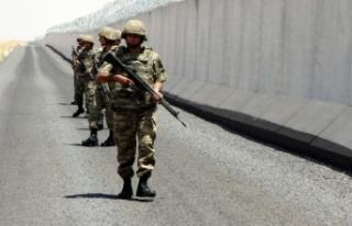 Türkiye'de İdlib alarmı: 4 milyon Suriyeli...