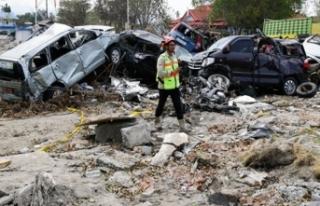 Deprem ve tsunamide can kaybı 1424'e yükseldi!
