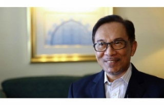 Malezya'da ara seçimin galibi belli oldu