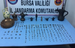 Bursa'da satmaya çalışırken suçüstü yakalandılar!