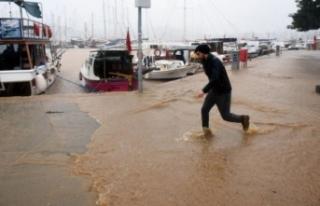 Meteoroloji'den 3 bölge için sel uyarısı!