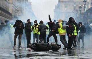 Fransa'da akaryakıt krizi! Benzin istasyonları...