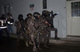 Bursa'da bin polisle uyuşturucu baskını!