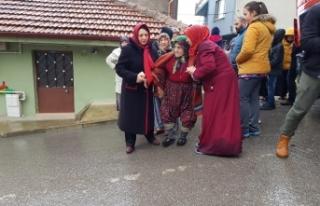93 yaşında evsiz kaldı! Bursalı Nazire Nine...