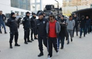 Bursa'da Narko Timsah Operasyonu'nda yakalanan...