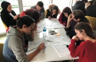 Bursa'da gençlere proje yazma eğitimi verildi