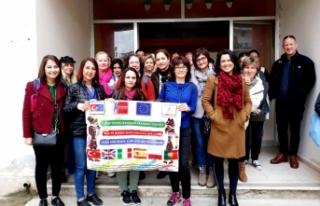 Cafer Yener İlkokulu'na ödül