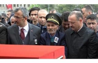 Şehit Özdemir son yolculuğuna uğurlandı!