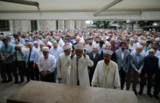 Bursa'da Mursi için gıyabi cenaze namazı kılındı