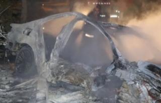 Feci kaza! Otomobil alev alev yandı: 2 ölü