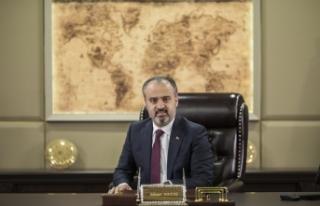 """Alinur Aktaş:""""Milli ve manevi değerlere hassasiyet..."""
