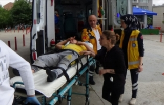 Bursa'da çocuğuna otomobil çarpan anne gözyaşlarına...
