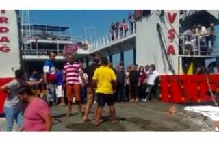 Erdek-Avşa seferini yapan feribot karaya çarptı!...