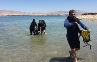 Göle giren İranlı kardeşlerden 1'i boğuldu,...