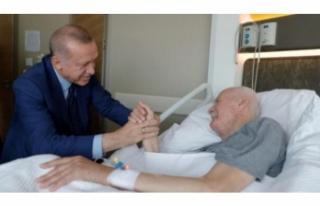Erdoğan, Şevket Kazan'ı ziyaret etti