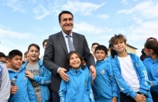 Osmangazi'de 13 noktada 54 bin 300 ağaç dikildi