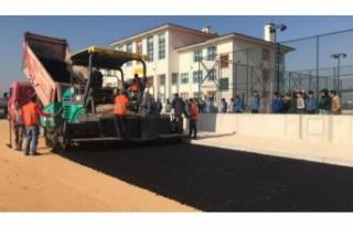 Yenişehir'de yollara asfalt makyajı
