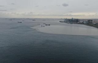 Marmara Denizi'nde kirlilik uyarısı...