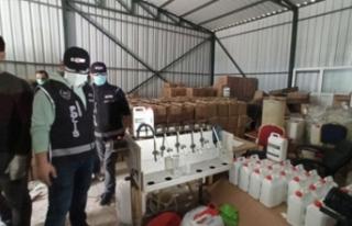 Bursa'da 1 milyonluk kaçak dezenfektan baskını!