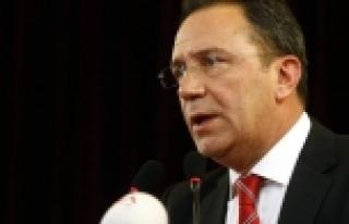 Adnan Öztürk'ten sert açıklamalar