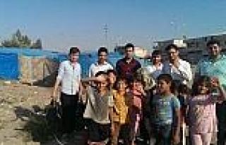 Ak Parti'li Gençlerden Suriyelilere Kurban Eti