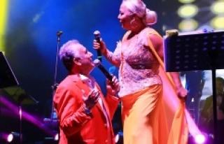 Antalya'da Türk Sanat Müziği ve türkü rüzgarı