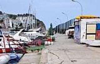 Arnavutköy Balıkçı Barınağında Onarım Başladı