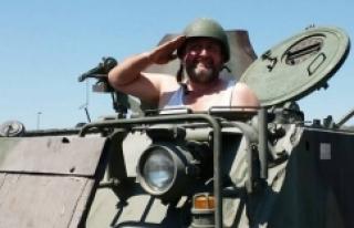 Atletle tank süren adam bakın kim çıktı