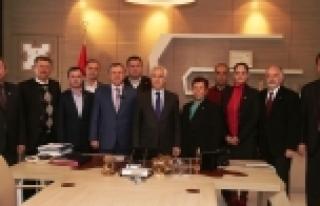 CHP Bursa'da en az  7 milletvekili istiyor