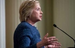 Clinton o yorum için özür diledi