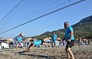 Dalaman'da Plaj Voleybolu Turnuvası