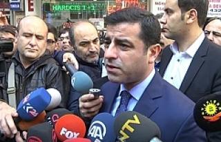 Demirtaş'tan Davutoğlu'na: Her kuşun...