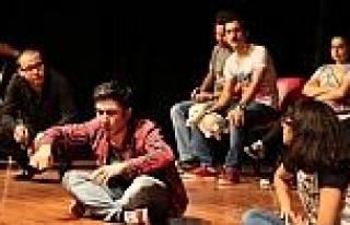 "Denizli'de ""tiyatro Sporu"""