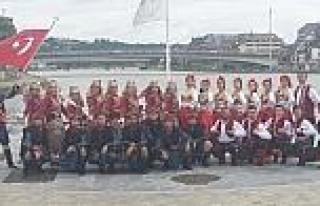 Denizlili Dansçılar Belçika'da Büyük Beğeni...